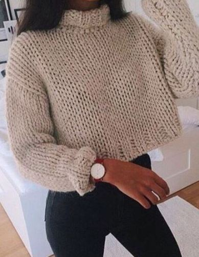 86b1878145 15 Cute Crop Top Sweater Outfits To Wear This Winter - Society19
