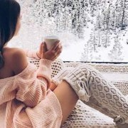 A snow day might be the only good thing the bitter winter can bless us with. So get cozy and get ready to treat yourself with these productive snow day activities!