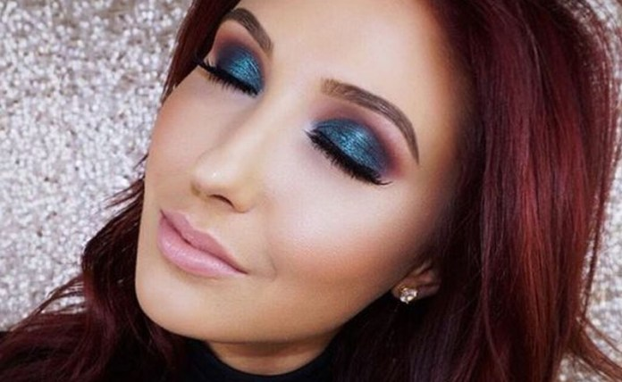 1557e558c13 The 5 Best Makeup Tutorials On YouTube To Try Out - Society19