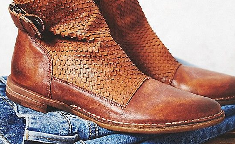 We all love our ankle boots, but not all booties are made for winter. These winter ankle boots can withstand the snow, salt, and slush that comes with winter - without getting ruined!