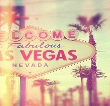 Las Vegas is quite a city to live in. From the entertainment to the food, there are endless possibilities. If you are just stopping by for a visit, make sure to try these amazing food places in Las Vegas.