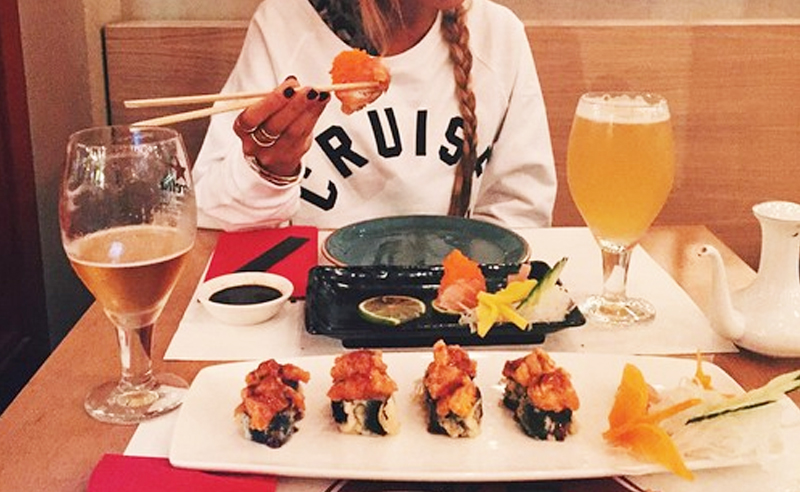 If you go to Emerson college, you know that going to the dining hall every day gets old pretty quickly. With all of the restaurants in the Boston area, choosing where to go can be overwhelming. Here are the most delicious places to eat around Emerson College!