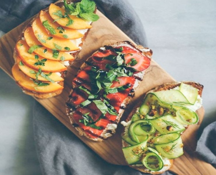 As veganism becomes more popular, the number of vegan friendly restaurants increases. Here are my top 10 vegan restaurants in Austin-not all of them are brick and mortars, some are Food Trucks-these are marked (FT).