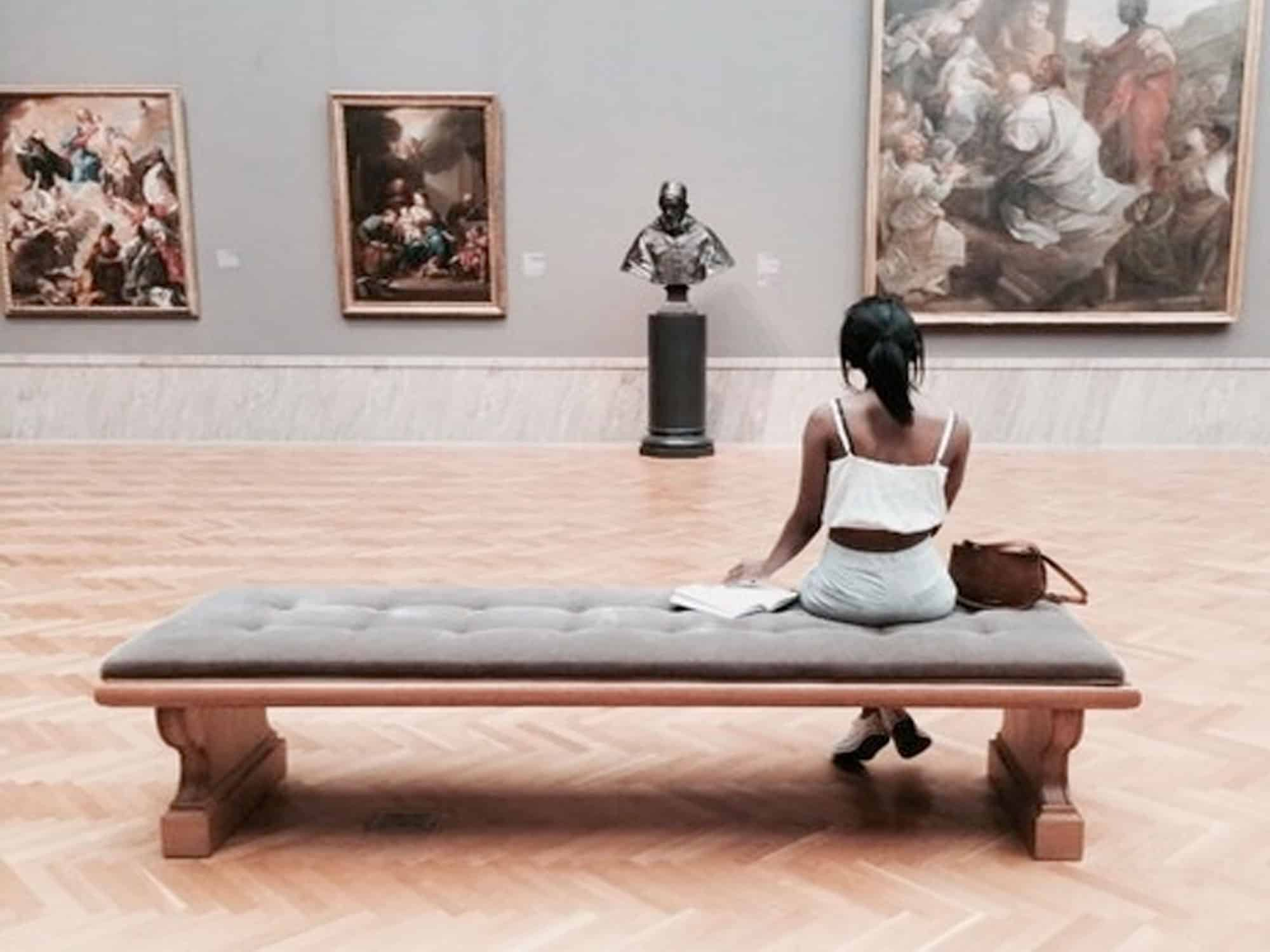 San Francisco is home to many forms of entertainment, but art galleries are some of the more sophisticated forms. Here are 10 art galleries in San Francisco that I think would make great features on your Insta story, while also allowing for intellectual discussion or thought.