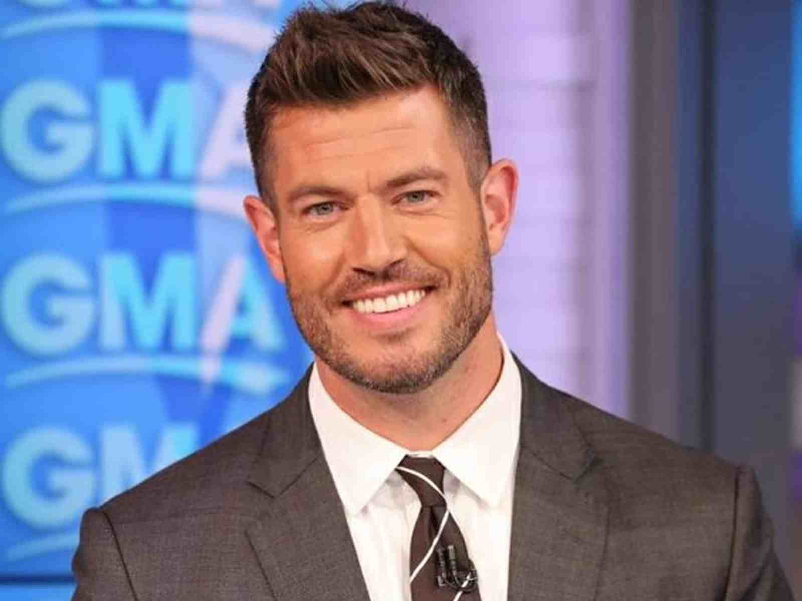 The creative minds behind ABC's 'Bachelor' franchise are bringing you a new dating series this summer. Hosted by former NFL player and 'Bachelor' Jesse Palmer, the new series 'The Proposal' promises as much, if not more, outrageous dating shenanigans for all you reality TV junkies.