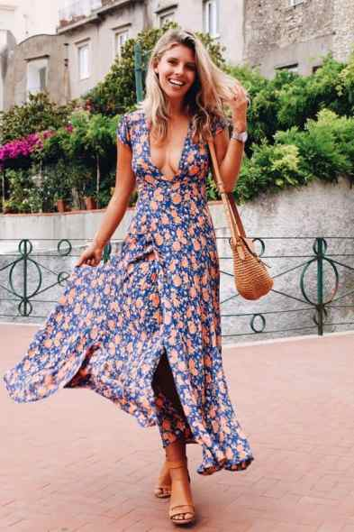 This is one of our favorite floral wrap dresses!
