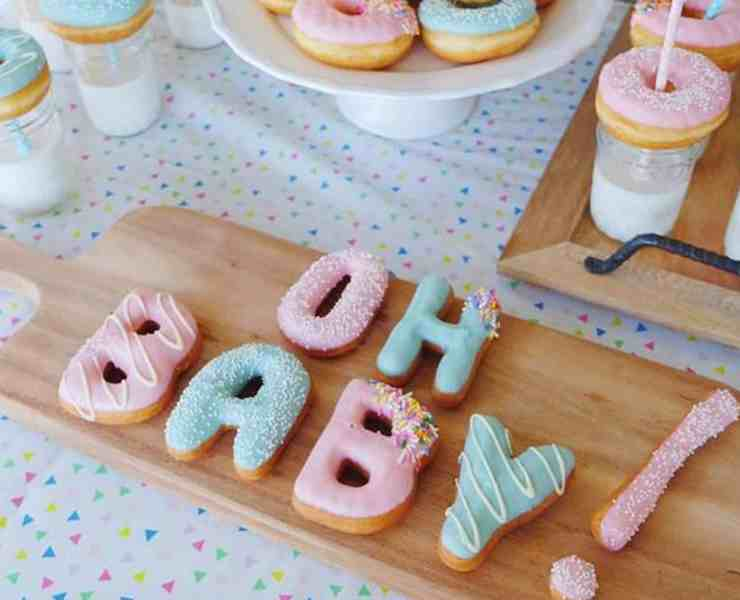 Need some unique gender reveal party ideas? Look no further! We have created a list of what we think are some of the most unique gender reveal party ideas!