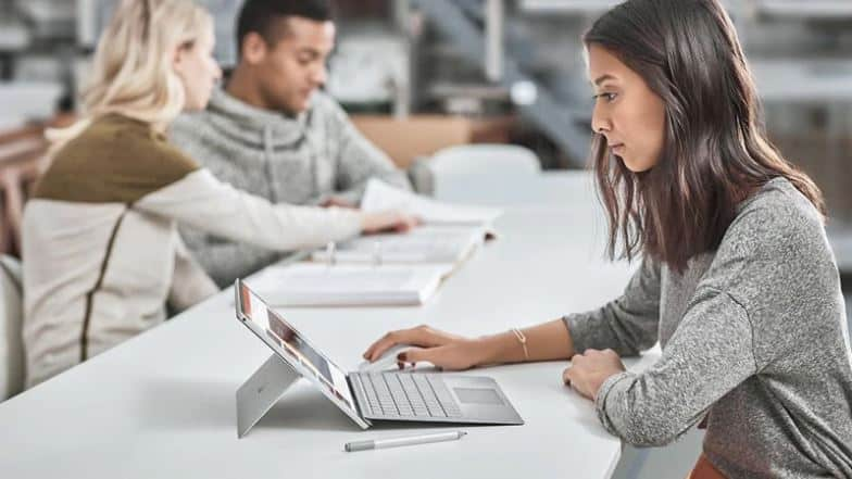 Here Are The Best Computer Discount Programs for College Students