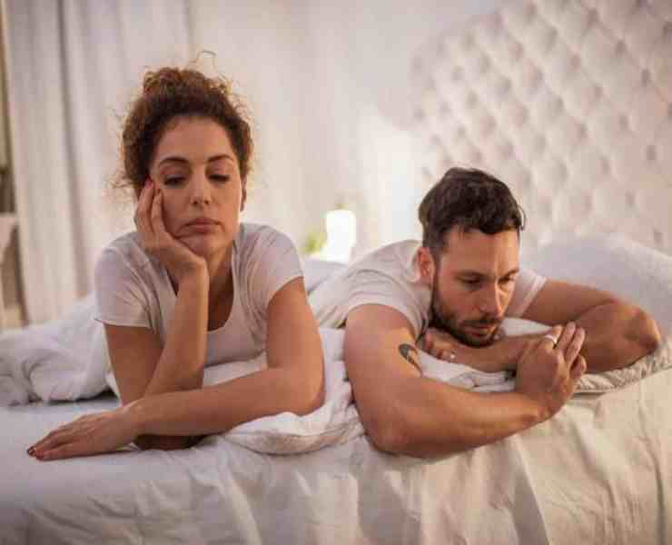 Unfortunately people cheat. You hear about it all the time, especially in the world of celebrities. Most of these scenarios end in a break up, but what about those who decide to stay together? Here's what to know about staying with a cheater.