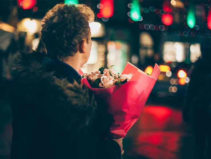 Dates can be a bit nerve-wracking. Not knowing who you're meeting can make this way worse. Use these blind date tips to ease that stress and stay safe.