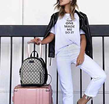 Check out these carry-on must haves that you need on your summer 2018 trips!