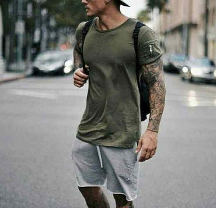 These brands and websites have the best clothes for college guys for back to school. These online sites for men's college clothing are affordable too!