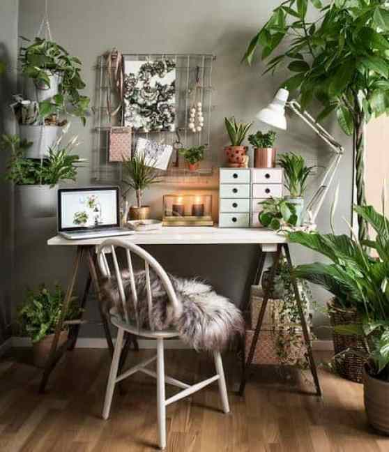 These cute desk decor ideas are perfect for a home office, dorm desk or cubicle!