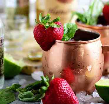 These DIY Summer Cocktails Are Perfect For Your Next Party