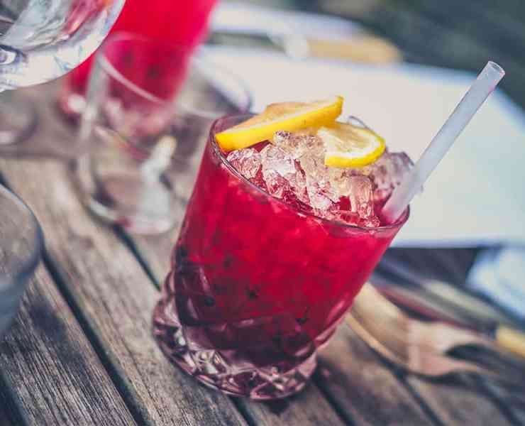 It's hard to party if you hate the taste of party juice. No worries! We've collected a ton of ideas for drinks to order when you hate the taste of alcohol.