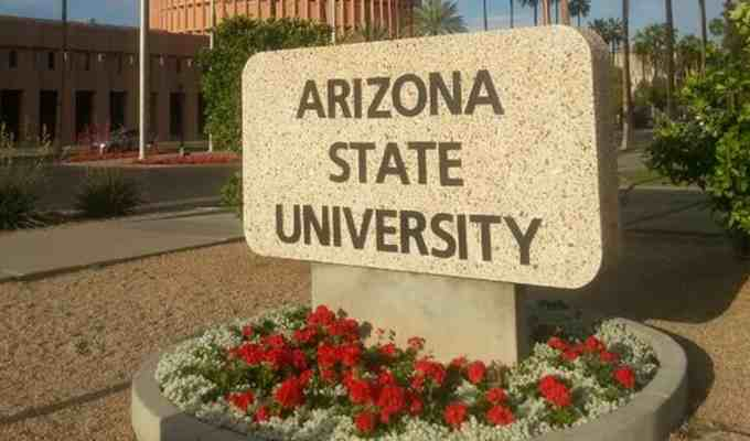 There are many famous celebrities who attended Arizona State University such as Jimmy Kimmel and Phil Mickelson. Here is a full list of famous ASU alumni!