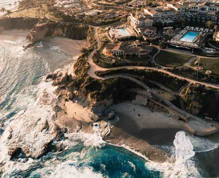 Witness the eternal summer from a local and see how meaningful a place becomes for both tourists and locals alike. These are the best spots in Laguna Beach!