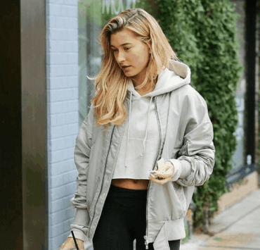 Want to keep people from knowing that you've been wearing the same leggings for three days? Read this article for ways to elevate your athleisure!!
