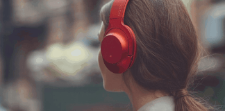 Here are 5 female-led podcasts to not only spice up, but also inspire you in your daily commute since they can be mundane and stressful.