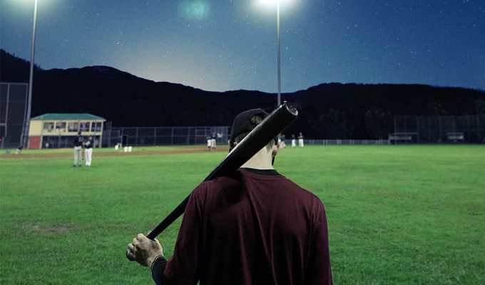 It's every girl's dream come true, but it comes with some drawbacks. Here are some important things to keep in mind when dating a college baseball player.