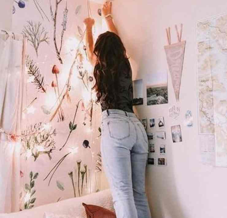 With spring arriving soon, it is time to get cleaning, and the best place to start is your dorm room. Check out these dorm organization tips now that will make spring cleaning a breeze.