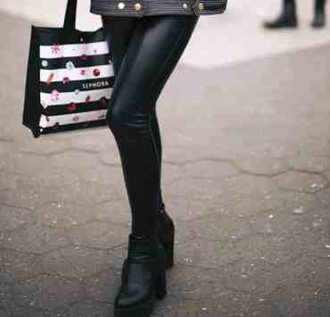 These are some of the best ways to wear leather leggings when you are searching for the perfect stylish outfit combination.