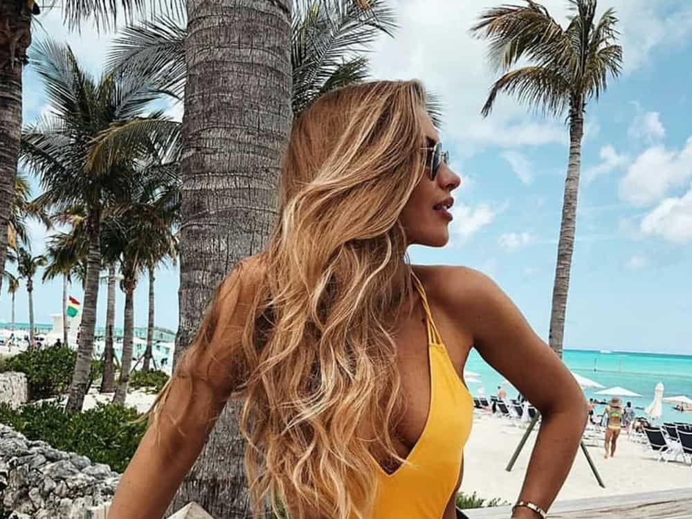 Take a look at the best makeup for hot humid weather! You won't want to use any other products or tips after you read this!
