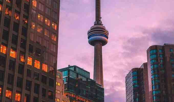 Whether you're moving to Toronto from other parts of Canada like Halafax or Vancouver, or all the way from the United States, here's some stuff to know!