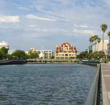 Having a Stockton bucket list when you're visiting the city is definitely something you'll need. Don't miss out on any of these things!