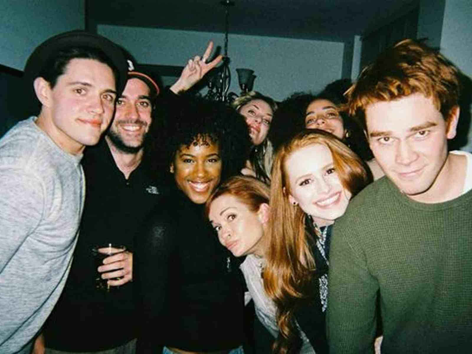 Are you a big fan of Riverdale? If so, you'll love this experience of what it was like to meet the cast of Riverdale at a meet and greet.