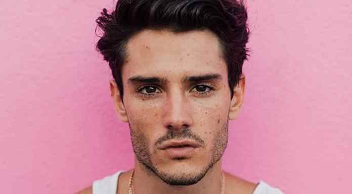 If you're a man looking for some men hair trends for 2018, then these are some of our favorites to be seen thus far and man, they're good ones.