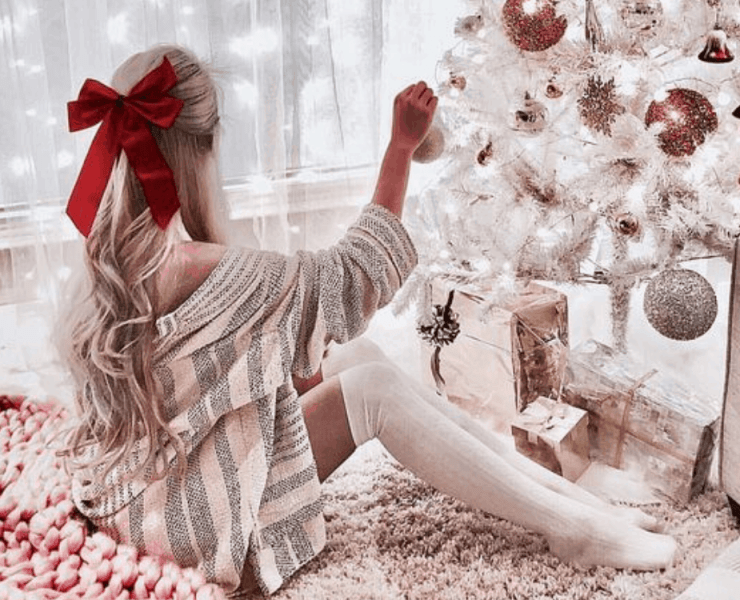 We've rounded up the best Christmas gifts for your girlfriend for 2018 so you are guaranteed to find the perfect gift for her this holiday season.