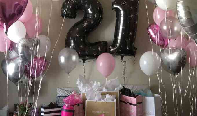 Your 21st birthday needs to be an absolute blast, that's for sure. With that in mind, here are the 21 best things to do on your 21st birthday!