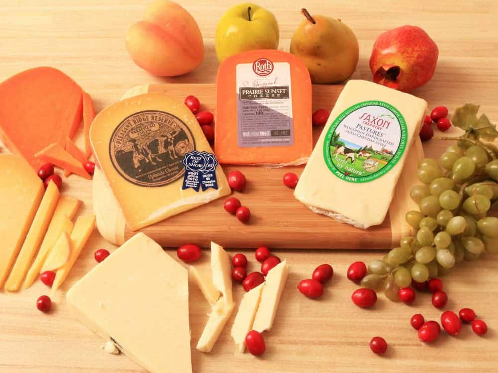 These cheese gifts are perfect for the cheese addict you know! This holiday season give them the cheese gift of a lifetime!