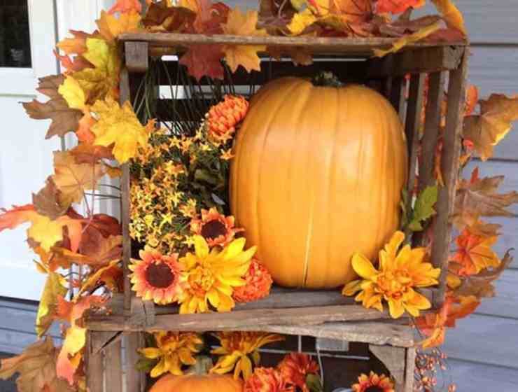 These DIY fall decor ideas will make your apartment look ready for the season of autumn! They're easy to craft and look great!