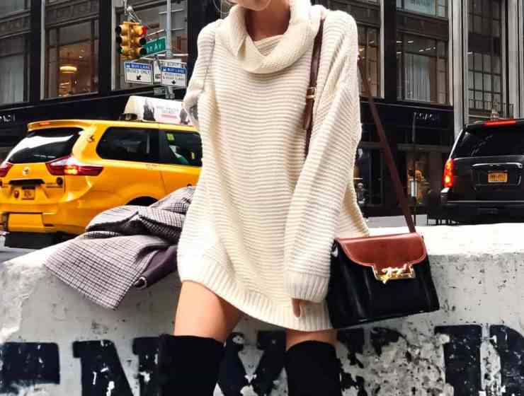These fall outfits are inspired by the hustle and bustle of New York City! These are some of our favorite looks that you can copy this autumn!