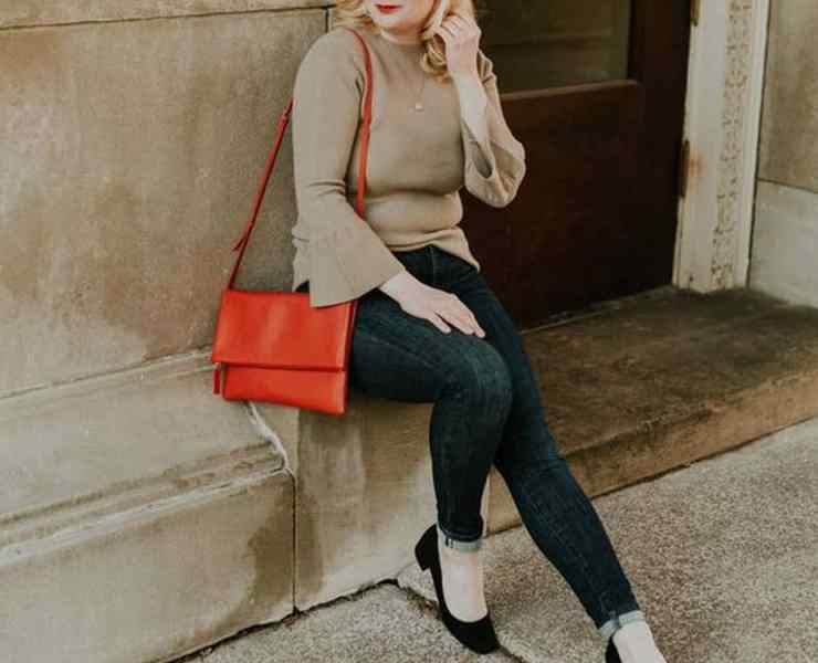 These tips for petite girls will help you style yourself in a way that makes you feel confident and comfortable! These are the best tricks for you!