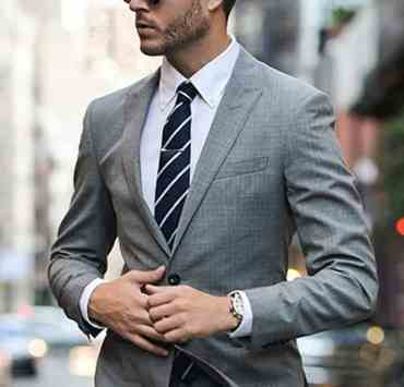 These wardrobe essentials for professional men will have any guy out there looking ready for business! Here are the best looks!