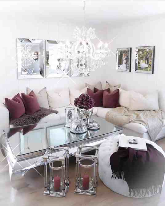 white, burgandy cozy living room decor