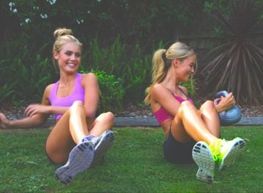 Finding effective core workouts to get you bikini ready can be disappointing. Here are our 12 core workouts to get you bikini ready!