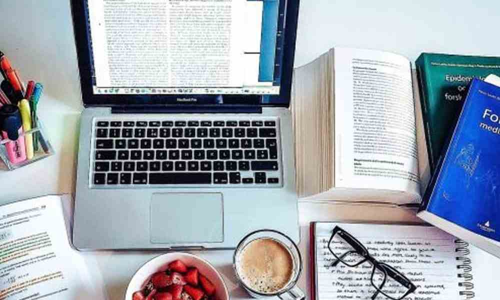 This article is about study tips that will help a college student on his/her next test or essay.