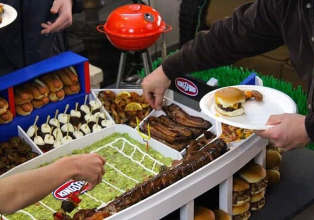 Score a touchdown with your guests with these yummy Super Bowl food recipes. Entertaining just got easier with these foods!