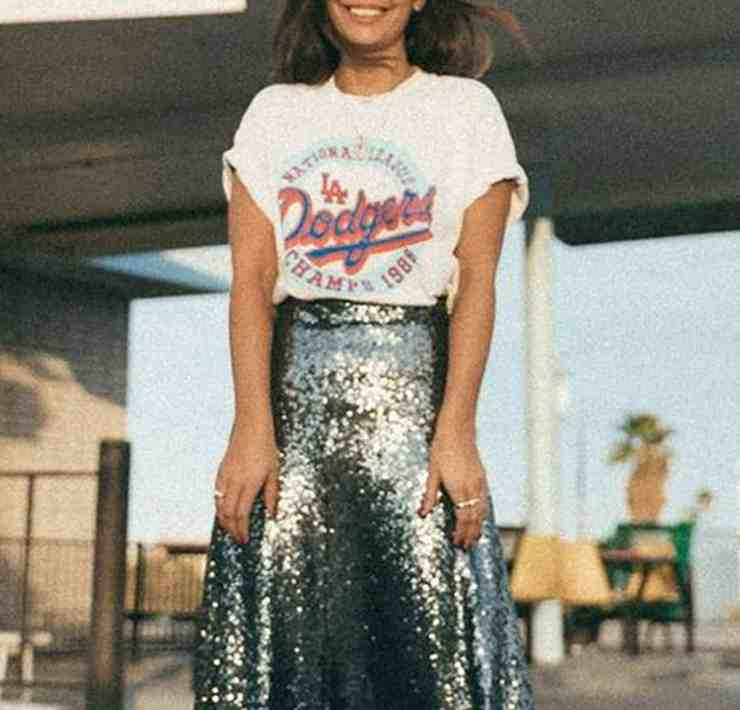 Looking for some casual New Year's Eve outfits? Sometimes jeans are better than sequins. These NYE outfit ideas are perfect for a relaxed party.