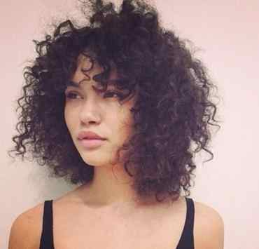 Discover the right hair products that will transform, control and tame your curly hair, waves, and coils. These are the best hair products!