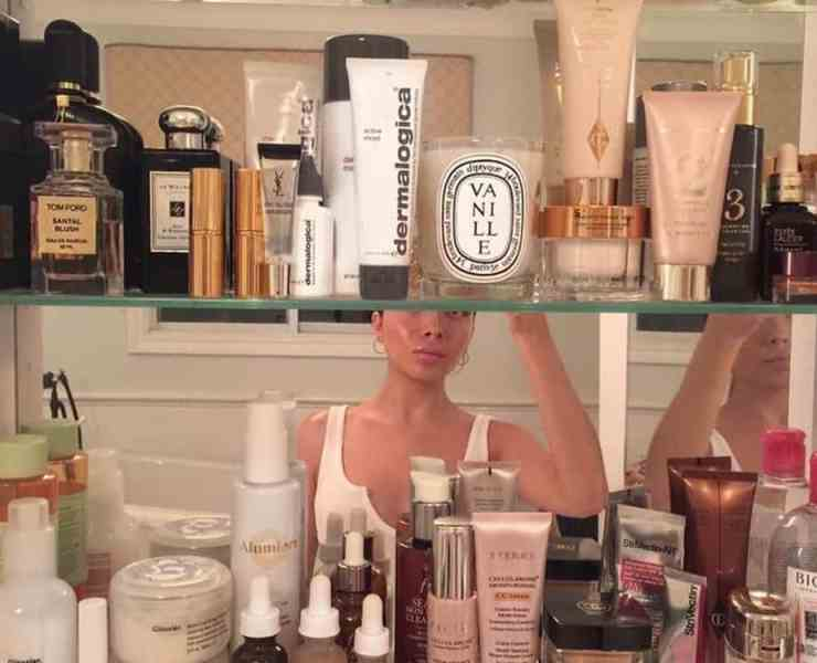 Spring is coming and it's time to transition your skincare routine. With these tips your skincare routine will make an easy transition.