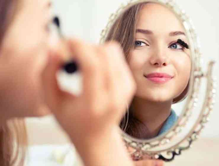 These eye makeup tips are going to have your eyes standing out in no time at all! Here are some of the best tips for you to try!