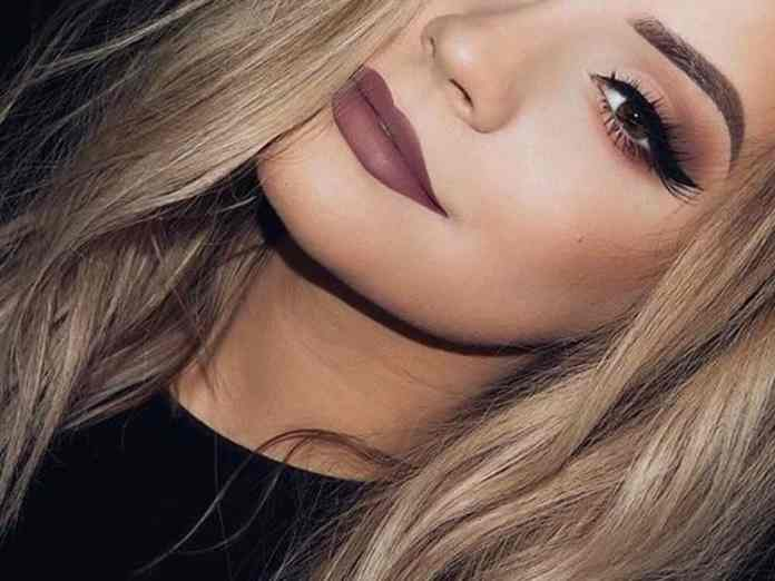 Need some sexy makeup inspo for a Valentine's Day date night? Here are some of the best ideas ideas to slay all night in.