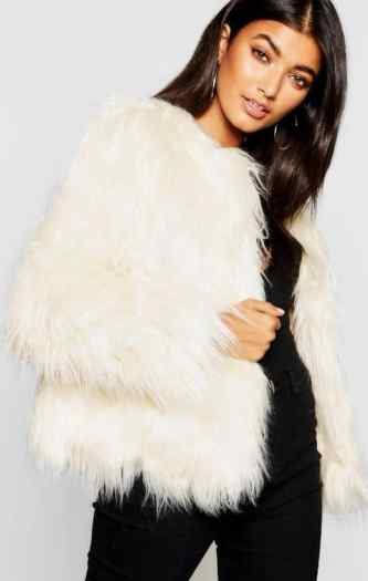 30 Cute Outfits To Wear On A Cold Valentine's Day