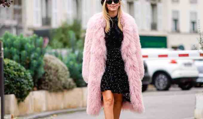Add some light coats into your wardrobe this Spring as you transition from colder to warmer weather, check out 12 light coats that are perfect for spring.