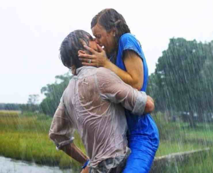 Romantic spots are great for setting the right mood during a makeout session with your significant other. Here are some fun ideas to try.